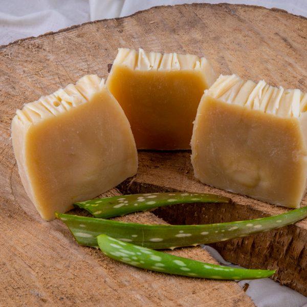 Rosebud Meadow Aloe Vera & Tea Tree Goats Milk Soap